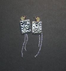 plaque metal (fabrikarine) Tags: fleur vintage collier bijoux plastic boucle fou cuivre doreille