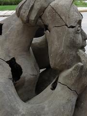 (jesicamcastro) Tags: art arte escultura libero grietas huecos pierini