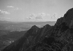 Mount Montserrat, Spain 2016 (nikonimaniac) Tags: barcelona march spain kodak nikonf100 150 rodinal 20c 2016 iso80 nikkor50mmf18d 10min expiredin1986 svema65