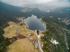 Alpensee Hintersee (dronepicr) Tags: travel lake 3 germany de landscape geotagged bayern deutschland bavaria photography see berchtesgaden nationalpark amazing reisen awesome natur aerial national sight phantom uav landschaft parc aerialphotography luftbild nationalparc hintersee drone knigssee sehenswrdigkeit allgemein phantom3 dji drohne lnderstdte ramsaubeiberchtesgaden