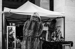 unfashionable (@ntomarto) Tags: street blackandwhite bw italy woman rome roma reflection fur mirror stand donna strada italia moda mercato biancoenero specchio bancarella riflesso unfashionable pelliccia openmarket fuorimoda antomarto ntomarto