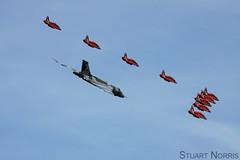 Vulcan XH558 G-VLCN with Red Arrows (stu norris) Tags: hawk aviation airshow vulcan redarrows raf ffd fairford riat xh558 egva gvlcn riat2015