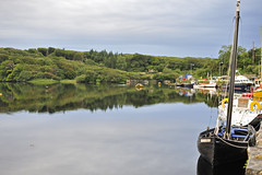Clifden Harbour Reflections 4 (Manolo Blanco) Tags: road ireland sky castle galway club boat harbour connemara irlanda clifden