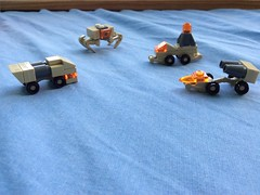 Micro Scale Space Exploration (floriangraderbeck) Tags: desert lego space tan moc