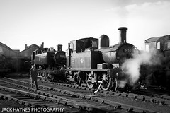 Keep coming, keep coming. (Jack Haynes Photography) Tags: heritage train photography events centre great railway steam western timeline british locomotive didcot oxfordshire charter preservation 1450