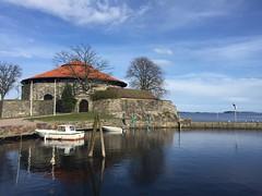 Christiansholm festning, Kristiansand (John & Bente) Tags: sea norway fortress festning kristiansand christiansholm vestagder
