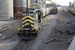 Grain Loading at Edon (Troy Strane) Tags: ohio grain wabash loading 1602 gp9 edon indiananortheastern