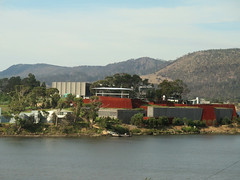mona (Jellibat) Tags: museum architecture artgallery australia mona tasmania hobart launceston berridale museumofoldandnewart