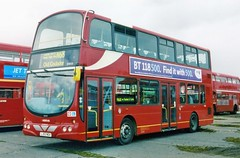 Arriva DW50 (Vernon C Smith) Tags: bus rally 2006 cobham arriva