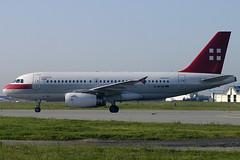 PrivatAir / Airbus A319-132 D-APAB TLS 27/04/2005 (jordi757) Tags: nikon airplanes airbus d100 toulouse blagnac tls avions a319 privatair a319100 lfbo dapab