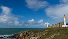 Pointe St Mathieu (CREE PING) Tags: city sea sky mer france nature canon french landscape couleurs ngc bretagne breizh bleu ciel brest 29 nuages paysage blanc phare chemin creeping bzh finistre ocan 1740mml iroise pointesaintmathieu pointestmathieu canon7d podt:country=fr