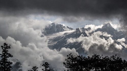 "The majestic Himalayas • <a style=""font-size:0.8em;"" href=""http://www.flickr.com/photos/125940588@N07/25034489115/"" target=""_blank"">View on Flickr</a>"