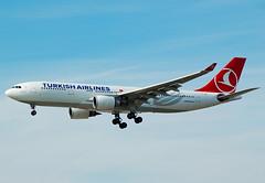 TURKISH A/L A330 TC-JND (Adrian.kissane) Tags: frankfurt turkish a330 754 tcjnd
