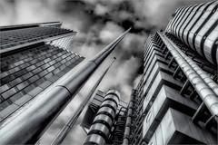 Lloyds and Willis (Roger Nolan LRPS) Tags: london willis lloydsoflondon