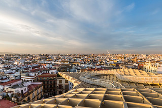Seville Jan 2016 (5) 763  - Around and about the Metropol Parasol in Plaza de la Encarnacion at the other end of the day this time - waiting for the sunset