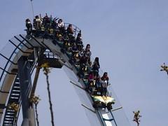 Adrenalina / Adrenalin......Shambhala. (Alex Nebot) Tags: park parque universal turismo shambhala tarragona salou atracciones adrenalin turistic portaventura adrenalina atraccion montaarusa tgn parquetematico