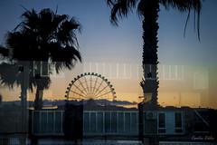 13-Reflejos (Carolina R. S.) Tags: contraluz puerto atardecer muelle mar playa reflejo mlaga noria
