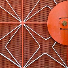 geo-gate (msdonnalee) Tags: orange gate lock metalgate orangegate