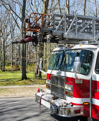 Truck 221 left front - Cleveland Heights Fire Department (Tim Evanson) Tags: hydrant firetruck firedepartment laddertruck clevelandheightsohio clevelandheightsfiredepartment