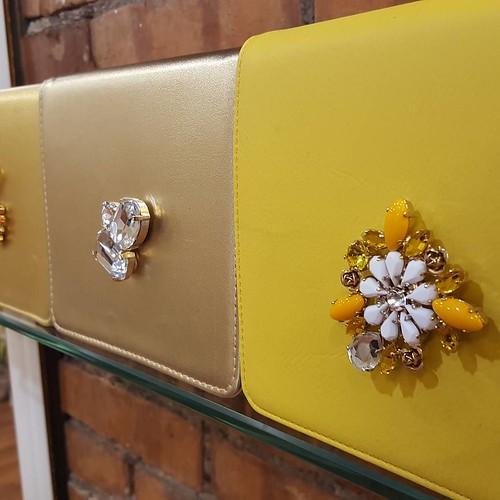 #gold #yellow #store #stileitaliano #youniquelab #Look #lofi #designers #like4like #friends #instamood #collezione #INITIAL #minibag #bag #jewels #fashionjewellery #bijoux #instagood #pochette #store #showroom