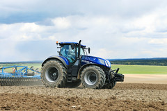 New Holland T7.315 HD Blue Power (martin_king.photo) Tags: new blue holland weather photo spring king power martin working tschechische republik machinery hd machines agriculture powerfull martinkingphoto t7315 heavydutywork t7315hd