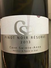 IMG_0302 (bepunkt) Tags: wine winebottle vino wein winelabel weinflaschen etiketten weinetiketten