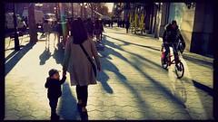 Little Tourist (ANXOBCN) Tags: barcelona boy shadow bike sombra bici niño acera turista japonés baldosa