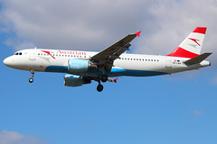 Austrian Airlines - Airbus A320-214 - OE-LBR 'Bregenzer Wald' (Andy2982) Tags: vienna landing airliner londonheathrow bregenzerwald austrianairlines londonheathrowairport airbusa320214 oelbr cn1150 os461 27lrunway