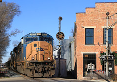 K516 at Tipp City (GLC 392) Tags: city light ohio color building train lights steel brock oh position slab cpl csx tipp emd cpls 4830 sd70mac sd70ace 4833 k516