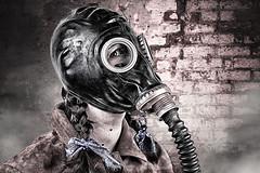 HORROR_GAS_MASK (Paul Hornby) Tags: halloween strange dark scary sinister evil horror gasmask russiangasmask paulhornby