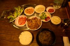 Korean BBQ / Seoul (eiku suyama) Tags: air palace korea korean seoul jongno bibimbap insadong gyeongbokgung bulgogi itaewon  changdeokgung  myeongdong        hanok      hangang   bukchon  suyama       eiku
