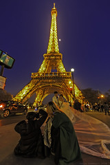 Love in  Paris (julesnene) Tags: travel paris france love night groom bride couple ledefrance eiffeltower bluehour justmarried fr brideandgroom loveinparis julesnene juliasumangil canon7dmarkii canon7dmark2