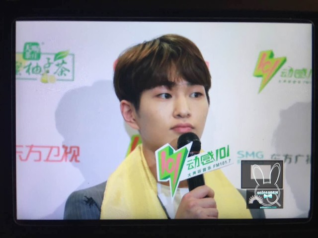 160328 Onew @ '23rd East Billboard Music Awards' 25832081300_e31d506824_z