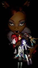 Clawdeen's Clawfully Clawsome Collectables (Icky'sMarvel) Tags: werewolf dark toys big wolf doll dolls large collection glowinthedark legos tall megabloks figures collector mega nailart skelton ghouls operetta collection1 sizedifference 17inches bloks collection2 frankiestein clawdeen monsterhigh clawdeenwolf cleodenile spectravondergeist toralei toraleistripe frightfullytall