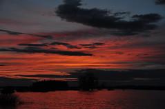 DSC_0154 Atardecer en el pantano de La Sotonera (David Barrio Lpez) Tags: sunset espaa atardecer spain nikon huesca pantano aragon bluehour embalse d90 hoyadehuesca altoaragon nikond90 horaazul davidbarrio lasotonera planadeuesca davidbarriolpez