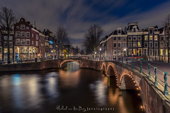 Dutch fairytale (mvdburg1971) Tags: nightphotography houses holland water netherlands amsterdam night cityscape nacht nederland canals nl ho keizersgracht leidsegracht