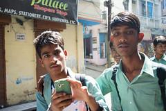 Ecole (- Ce -) Tags: school india verde green boys photo foto ecole verte inde scuola ragazzi garons