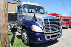 2008 Freightliner Cascadia Semi Truck Inspection - Forrest City, AR 009 (TDTSTL) Tags: truck inspection semi 2008 semitruck cascadia freightliner forrestcityar
