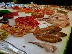 Barcelona (runlama) Tags: barcelona fish ice de la spain market fisch espana markt eis boqueria spanien mercat seezunge garnelen runlama