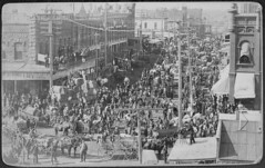 """""""Guthrie Cotton Market."""" Peak of trading on Harrison Avenue is captured by Photographer Swearingen after 1893 [3000 1896] #HistoryPorn #history #retro http://ift.tt/1NnK0Uk (Histolines) Tags: history by is photographer harrison captured peak retro trading timeline after avenue 3000 1893 1896 swearingen  vinatage historyporn guthriecottonmarket histolines httpifttt1nnk0uk"""