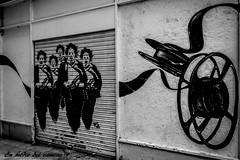 Días de cine negro por Madrid/Noir cinema days in Madrid (En medio del camino) Tags: madrid street bw españa streetart cinema calle spain europa europe cine bn arteurbano