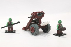 ESR Orc Ballista Crew (Jeddy and Daddy) Tags: lego eagle battle elf eagles ballista orcs greenskin armies legoideas highelf fantasyera castletheme skychariot castleera skyreamer