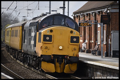 No 37025 Inverness TMD 27th April 2016 Manningtree (Ian Sharman 1963) Tags: test tractor station train diesel no great engine rail railway loco trains class april locomotive network 37 eastern railways inverness 27th mainline 2016 tmd colas manningtree geml 37025