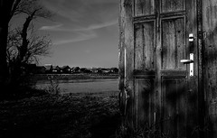 Door (csabatokolyi) Tags: door wood bw white lake black texture monochrome landscape handle hungary fuji grain wideangle doorknob tj magyarorszg tjkp feketefehr vz 500px ifttt bokodi x100t fujix100t bokodito