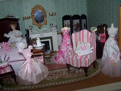 102_7533 (Large) (sheila32711) Tags: lady boudior dollshouse ladiesboudior