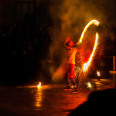 Burners-355 (degmacite) Tags: paris nuit feu burners palaisdetokyo