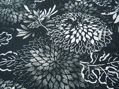 Fluttering Chrysanthemum Flowers Grey/Black -- EK-QS38275E (ikoplus) Tags: flowers summer black flower floral grey big sewing retro fabric commercial chrysanthemum cosmos fluttering fabrics zakka suppliers greyblack ikoplusfabric ekqs38275e
