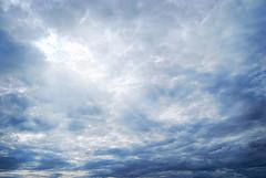 Free clouds (DSC_9379) (Jos Luis Prez Navarro) Tags: sky naturaleza clouds nikon background free cielo nubes nublado lightrays rayos rayosdeluz d60 justclouds freeclouds blacky2007 cloudsstormssunsetssunrises joseluisperez