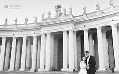 swietliste-fotografujemy-emocje-Watykan-plac-Swietego-Piotra-Rzym-fotografia-slubna-Rome-Vatican