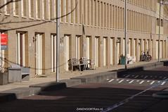 DSC01111 (ZANDVOORTfoto.nl) Tags: 28 dak maart 2016 schade ontruiming bakstenen kromboomsveld28316zandvoort ontruimingivmvallendebakstenenendaklekkage kromboomsveld
